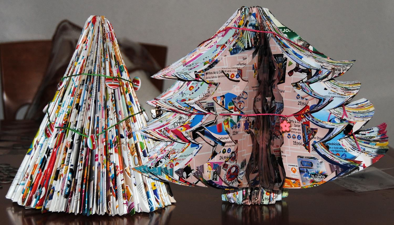 Rboles de navidad con cat logos de juguetes microconsejos - Originales arboles de navidad ...